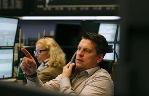 La Bourse de Paris reste en retrait à la veille de Thanksgiving