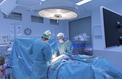 Un chirurgien jugé pour avoir inscrit ses initiales dans le foie de patients