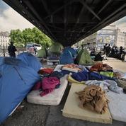 Comment seront soignés les migrants du centre d'accueil de Paris