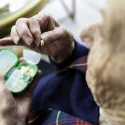 Pourquoi les médicaments contre Alzheimer sont dans le viseur
