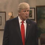 Moqué par Saturday Night Live ,Donald Trump critique l'émission (à laquelle il a pourtant participé)