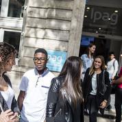Écoles de commerce post-bac : le boom des stages privés