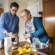 Une heure de service pour 1m² de logement: à Genève, étudiants et retraités cohabitent