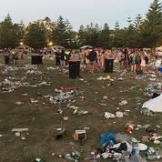 À Sydney, 10.000 jeunes abandonnent 15 tonnes de déchets sur une plage après les fêtes de Noël