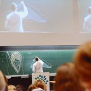 L'enseignement médical sous influence en France