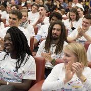 Près de 100.000 jeunes ont fait un service civique en 2016
