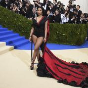La chanteuse Nicki Minaj va payer les frais d'université de dizaines de fans