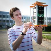 Des élèves de Polytechnique envoient un satellite dans l'espace