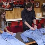 Deux étudiants trouvent d'authentiques combinaisons de la Nasa pour 20 centimes