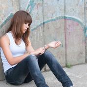 Les adolescentes britanniques s'automutilent plus que les garçons