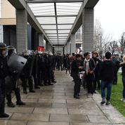 À Nanterre, des manifestants bloquent la fac le premier jour des examens
