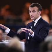 Selon Macron, la tenue des examens est «le défi des prochains jours»