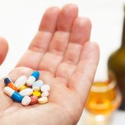 Pourquoi ne faut-il pas mélanger l'alcool et les antibiotiques?
