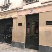 Un lycée parisien souhaite surveiller ses élèves avec des porte-clés connectés