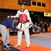 Champion de taekwondo cherche alternance de toute urgence
