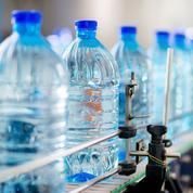 «Achète-toi une gourde»: contre le plastique, des collégiens belges bloquent les distributeurs