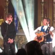Alain Souchon s'invite au concert de Laurent Voulzy à l'église Saint-Sulpice à Paris