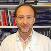 Professeur Jacques Cadranel, responsable du centre expert en oncologie thoracique à l'Hôpital Tenon.