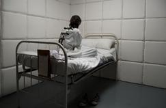 Psychiatrie: de nouvelles limites à l'isolement et à la contention