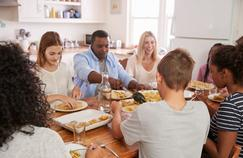 Repas copieux: comment notre corps accuse le coup