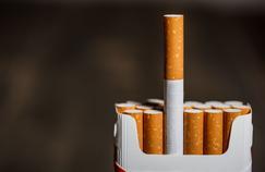 Prix du tabac: une hausse très attendue pour faire décrocher les fumeurs