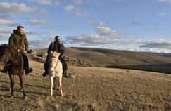 Nos terres inconnues: Frédéric Lopez à la découverte des Cévennes