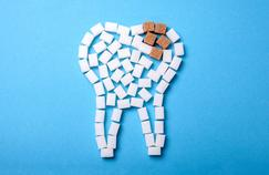 Comment le sucre s'attaque à nos dents