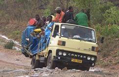 Avec les taxis-brousse du Malawi sur France 5