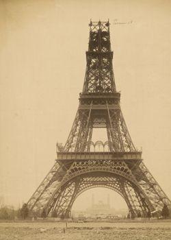 Construction de la tour Eiffel 1888