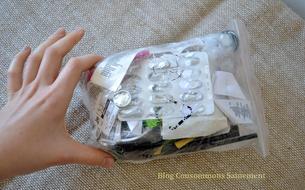 Comment Aline, 21 ans, réduit six mois de déchets à ce sachet de trente centimètres