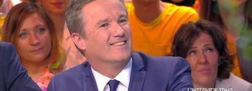Le passage éclair de Nicolas Dupont-Aignan dans Touche pas à mon poste!