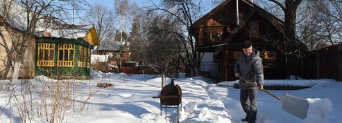 Autour de Moscou, le béton menace les villages traditionnels