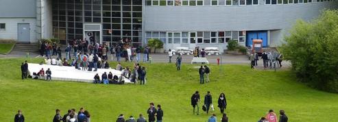 Centrale Nantes: trois étudiants exclus pour s'être dénudés lors d'un bizutage
