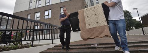 Après l'incendie de Londres, 60 immeubles déclarés dangereux