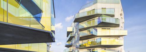 À Paris, un immeuble kaléidoscope remplace une tour taguée