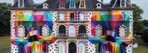 Un château français du 19e siècle revisité en version pop art