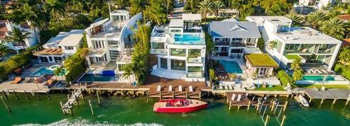 Propriétés de stars, villas luxueuses et maisons vertigineuses : notre sélection de l'été
