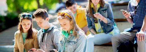 Les smartphones nuisent aux relations sociales des ados
