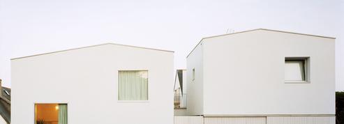 À Quiberon, ce complexe architectural cache quatre petites habitations