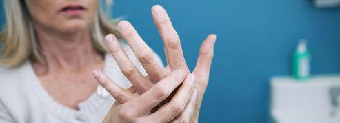 «Faire craquer ses doigts provoque de l'arthrose» et autres idées reçues sur les articulations