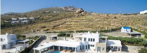 7 raisons de se méfier de cette villa grecque à vendre pour 40 euros