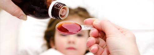 Rhume, toux, fièvre...Quels sont les médicaments à proscrire chez l'enfant ?