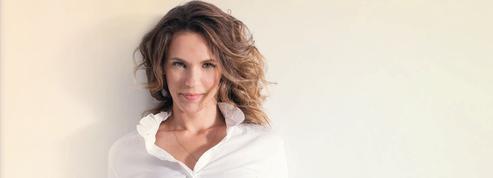 Lorie Pester: «Je suis contente de retrouver Mimie Mathy dans Demain nous appartient »