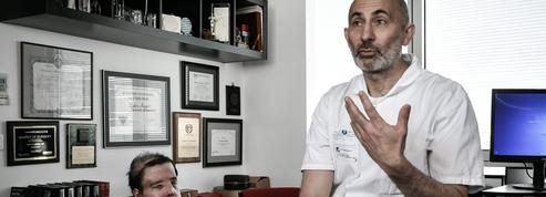 Atteint d'une maladie génétique déformante, Jérôme Hamon a reçu deux greffes de visage