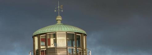 Qui sera prêt à débourser 1,5 million pour ce phare breton ?