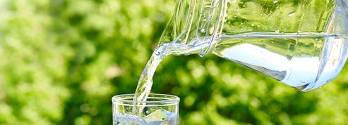 Une boisson : repassez à l'eau!
