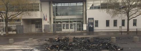 En Seine-Saint-Denis, les lycéens veulent « faire comme les gilets jaunes »