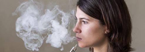 Arrêt du tabac: l'e-cigarette plus efficace que les substituts?