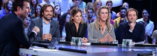 Michel Denisot, Ariane Massenet... Ils réagissent à l'arrêt du Grand Journal de Canal+