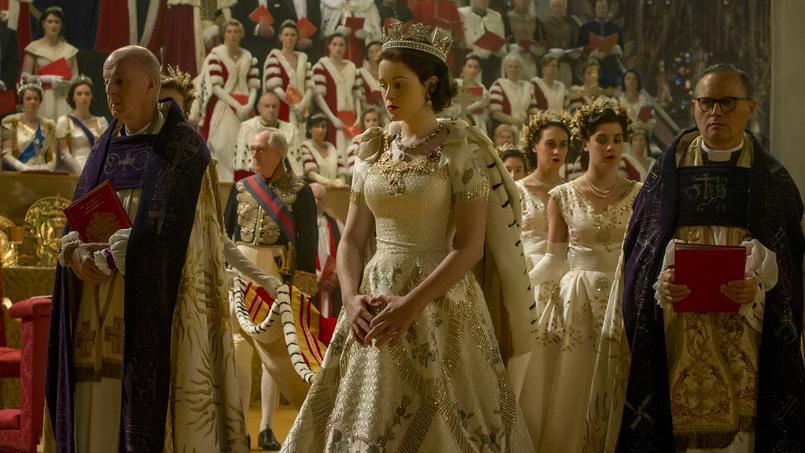 Claire Foy est Queen Elizabeth